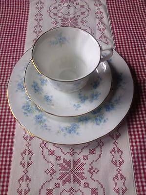 ROYAL STANDARD Bone China Made in England 3teilig Sammelgedeck Vergissmeinnicht