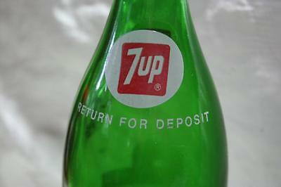 Vintage 1972 Seven Up, 7 Up Green 32 oz ACL Soda Pop Bottle With Screw Cap