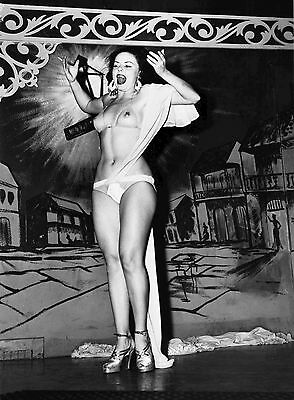 1950s Burlesque beauty on stage bare skinned 8 x 10 Photograph