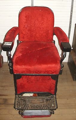 THEO A. KOCHS ANTIQUE 1930s BARBER CHAIR TO RESTORE