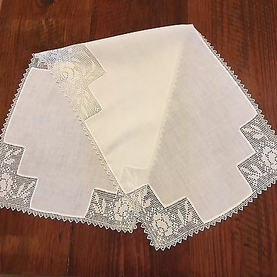 Vintage Handmade~ Natural White Linen Table Runner with Lovely ROSE Crochet Lace