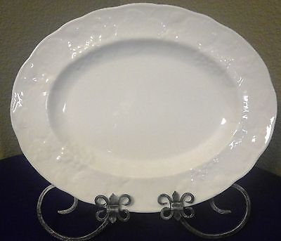 "Large 14"" Wedgwood Strawberry and Vine Platter Bone China MINT condition"