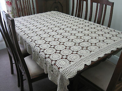 White Cotton Tabelcloth With Fine Hand Worked Whitework & Cutwork Embroidery