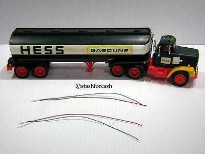 """""""1975 to 1978 HESS TRUCK BULB - RED & GREEN LEADS REPLACEMENT LIGHT PART"""""""