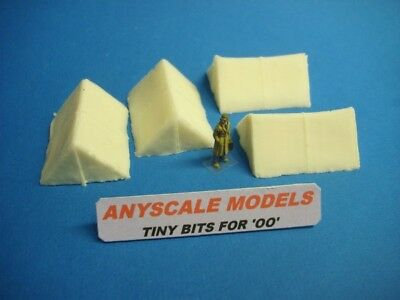 OO Model Railway scenery. Canvas type Scout tents x 4                (0191)