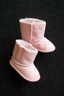 Baby clothes GIRL 9-12m length 13cm NEW! pink faux suede fleece boots/slippers