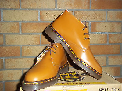 Dr Martens  Made In Engalnd  Chukka Tan Boots  3 Eyelet Size 8 Mod Ska Vespa