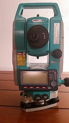 Sokkia SET 530R3 Red-Tech  Reflectorless Total Station 530R  with case.