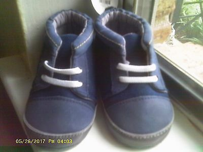 New Baby Boys Tennis Shoes size 4