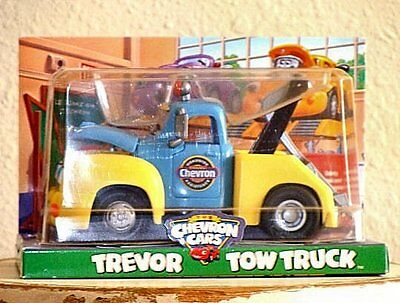 The Chevron Cars Trevor Tow Truck #29 NEW in original packaging