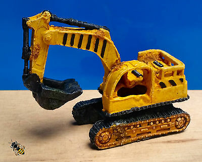 Aquarium Ornament Digger Excavator Wreck Fish Tank New