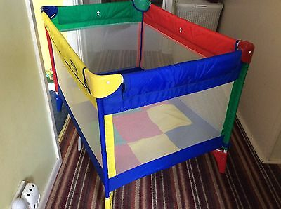 Gracco foldable playpen