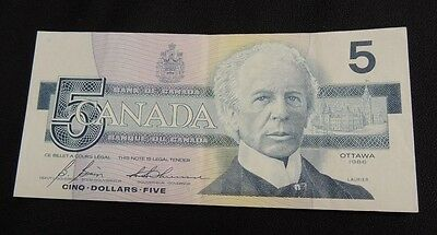 Circulated Paper Foreign Currency Bank of Canada 1986 Five Dollar