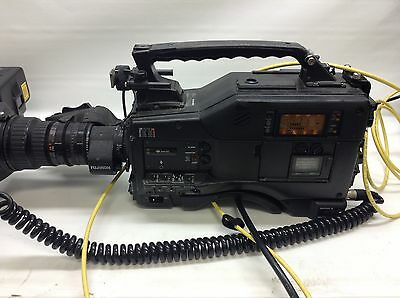 Sony Cinealta Hdw-F900 With Power, Battery, Panasonic Bt-lh1700wp Monitor