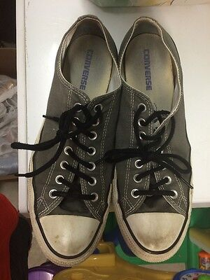Mens 10 Converse All Star Chuck Taylor Low Tops Used Black Laces