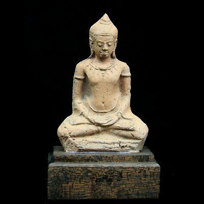 Ayutthaya pottery figure of a seated Buddha.. 16th-17th Century Thailand,: y2622