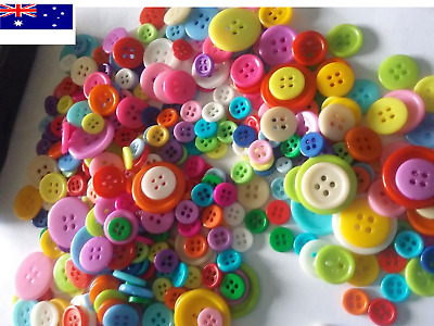 bulk Buttons 100 200 1000 Mix Craft sewing multi single colour Christmas 9~23mm