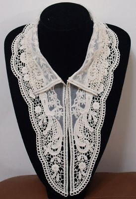 Vinage High Detailed Lace Ecru Large Stand Collar Trims-V0012