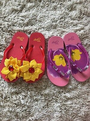 Girls' GAP Flip Flops (Pre-owned) - Size XS 10/11 - 2 Pairs