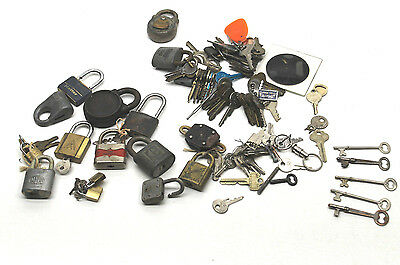 Vintage Lock and Key Lot Cyclox Padlock+Yale+Sesamee+Master+Skeleton & Brass Key