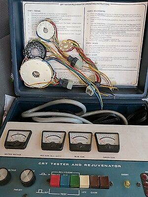 VINTAGE HEATHKIT CRT TESTER AND REJUVENATOR, Model IT-5230