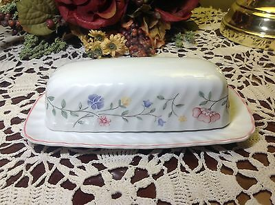 JOHNSON BROTHERS Summer Chintz 1/4 lb. Covered Butter Dish