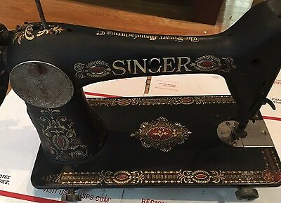 Singer Model 66-1 1914 sewing machine - Treadle - From Working Machine
