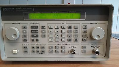 HP/Agilent 8648C -1EA Synthesized Signal Generator 9 kHz to 3200 MHz