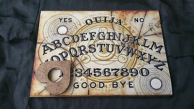 Wooden Ouija Board Game & Planchette ghosts & instructions Halloween Tri centra