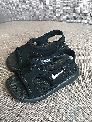 Nike Sunray Sandals *NWOB* Black sz 4 Infant/baby