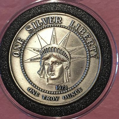 1973 Rare Brushed Silver Statue Of Liberty 1 Troy Oz .999 Fine Silver Round Coin