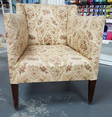 1920's Antique Vintage Bucket Style Bedroom Arm Chair