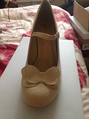 Size 13 wide womens shoe transvestite