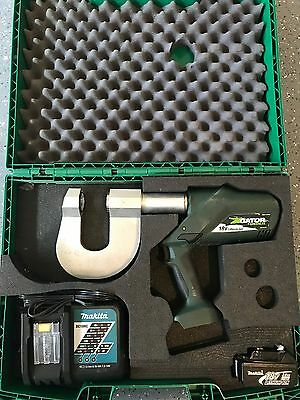 Greenlee ESP710L11 1-11/32 Structural Punch with 120V Charger