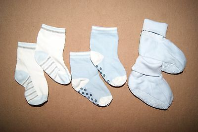 F&F Baby Boys Set Of 2 Pairs Of Socks & One Pair Of Booties Size 6-9 Months