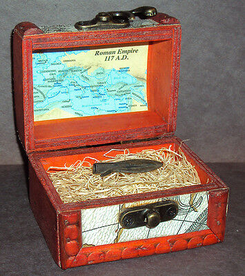Ancient Roman Empire Bronze Arrowhead with Display Chest! 100 - 300 A.D.