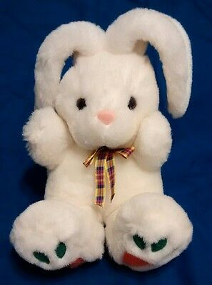 Vintage Commonwealth Plush White Bunny With Carrot Orange Green Feet Small 7""