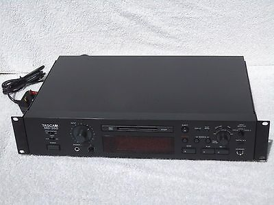 Tascam MD-350 Rack Mount LP2 LP4 Modes + Pitch Control MiniDisc Recorder Player