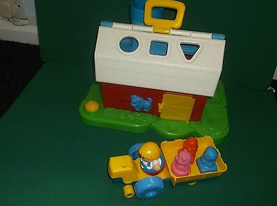 Vintage Playskool Weebles Farm Shape Sorter Complete With Farmer And Shapes 1988