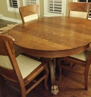 Antique Round Oak Claw Foot Table With 1 Leaf and 4 Chairs