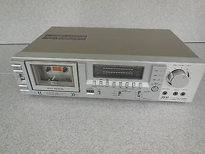 For Repair / Akai Cs-F33R Stereo Casette Deck / Ffw And Rev Issues / Plays Fine