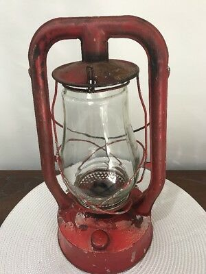 Vintage Collectable Lanora Australia kerosene oil Lantern Lamp
