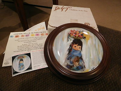 """De GRAZIA'S CHILDREN OF THE SUN COLLECTION """"CROWNING GLORY"""" PLATE W/WOOD FRAME"""