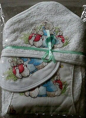 Peter Rabbit~Hooded Towel /bib/ Burp Pad~Gift Set~White