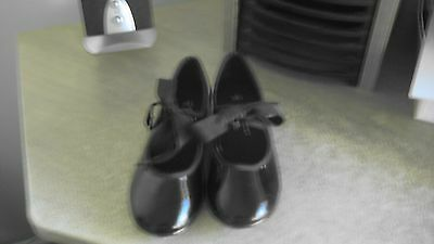girls  toddlers  tap dance shoes size 9.5  brand a bt spotlight