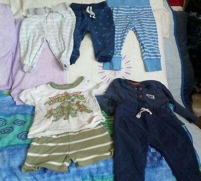 Bundle 6-9 months boys joggers t-shirt shorts lot 3