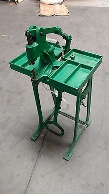 Kick Press Machine / grommet ,snap machine