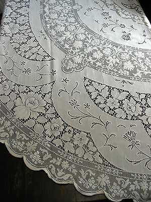 "Vintage Lace Tablecloth Oval 94"" x 75""  Victorian style Tea Party,Wedding,Shabby"