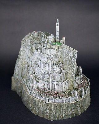 The Lord of The Rings Minas Tirith Capital of Gondor Model Statue Figure Ashtray