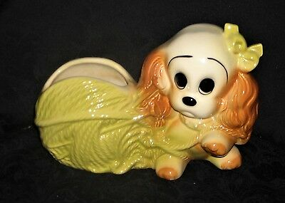 Hull USA #88 Planter, Cocker Spaniel Puppy Caught in Yarn Ball Excellent Cond